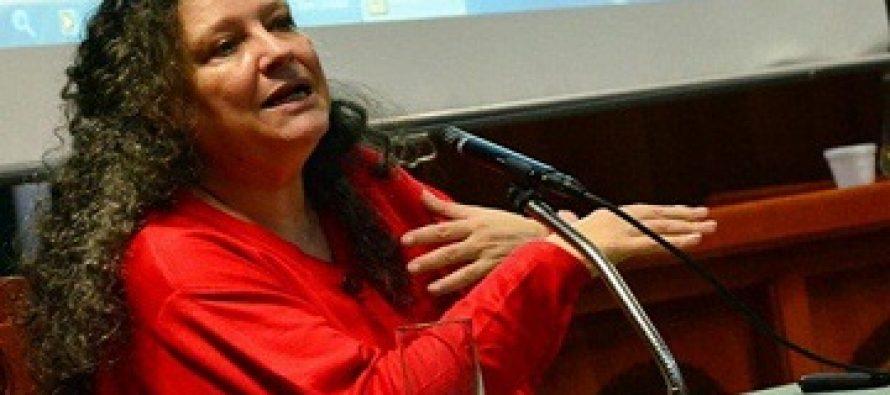 """Diana Maffía, filósofa feminista argentina: """"Lo que estamos diciendo es que no damos más, no queremos que nos maten más"""""""