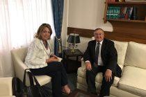Norma Durango con el presidente del Superior Tribunal de Justicia