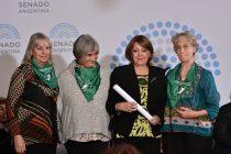 Mujeres por la Solidaridad distinguida en el Senado de la Nación
