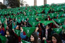 Violencia contra quienes usan pañuelos verdes