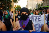 Súper Lunes Feminista: Estaciones de Metro son rebautizadas con nombres de mujeres importantes en la historia de Chile