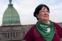 Marta Alanis condecorada con el premio Joan B. Dunlop otorgado por la IWHC
