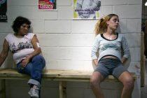 Violencia obstétrica en las cárceles: el 42% de las mujeres van a parir esposadas