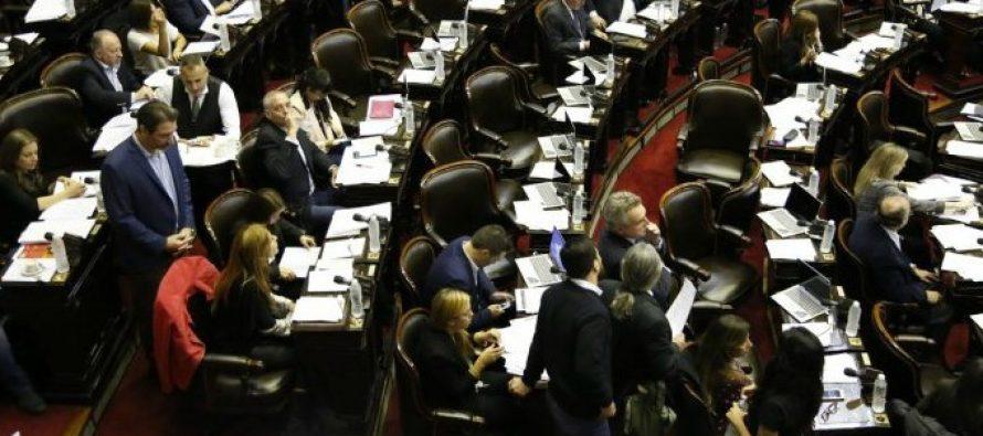 Diputados aprobó que las parteras puedan recetar medicamentos y anticonceptivos