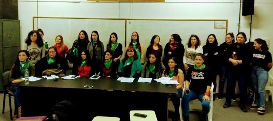 Alumnas de la universidad y el profesorado denuncian a un profesor