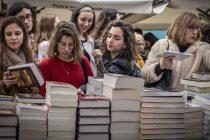 Muchas lectoras, pocas autoras