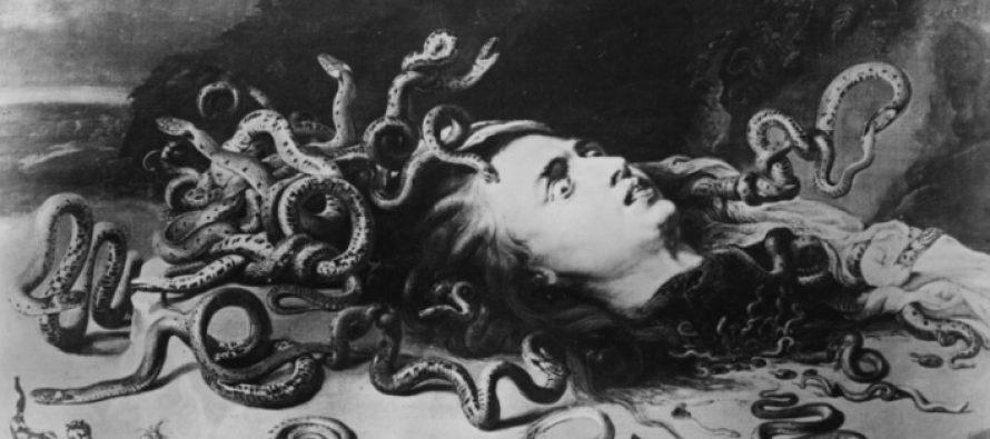 Medusa fue víctima de violencia sexual y la historia que conoces la convirtió en una villana