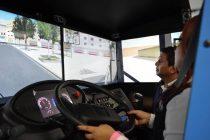 Capacitan a mujeres que quieran ser conductoras de camiones de carga