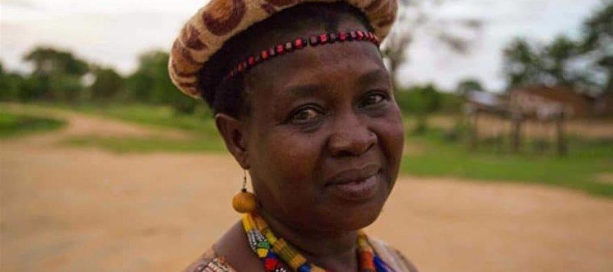 Líder de Malawi logró anular más de mil bodas infantiles y lucha para que las niñas se eduquen en África