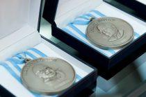 Las científicas repudian los premios del patriarcado
