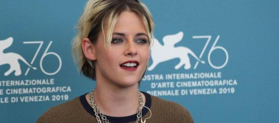 Kristen Stewart: «Me dijeron que ocultara a mi novia si quería un papel en Marvel»