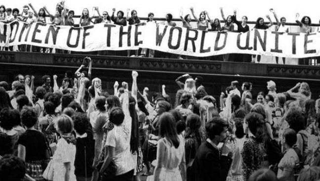 El mar proceloso del feminismo: ¿En qué ola estamos?