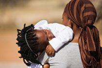 Rescatan a 23 víctimas de trata en «una fábrica de hacer bebés» en Nigeria