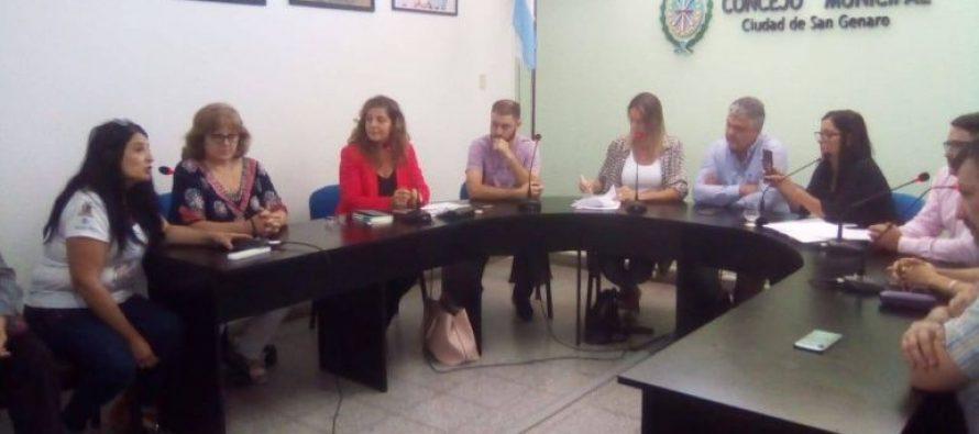 Escándalo de género: renuncian tres concejalas electas para que asuma un varón