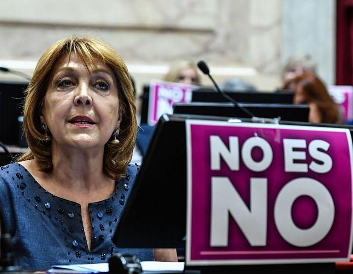 Durango reelecta por unanimidad para presidir la Banca de la Mujer