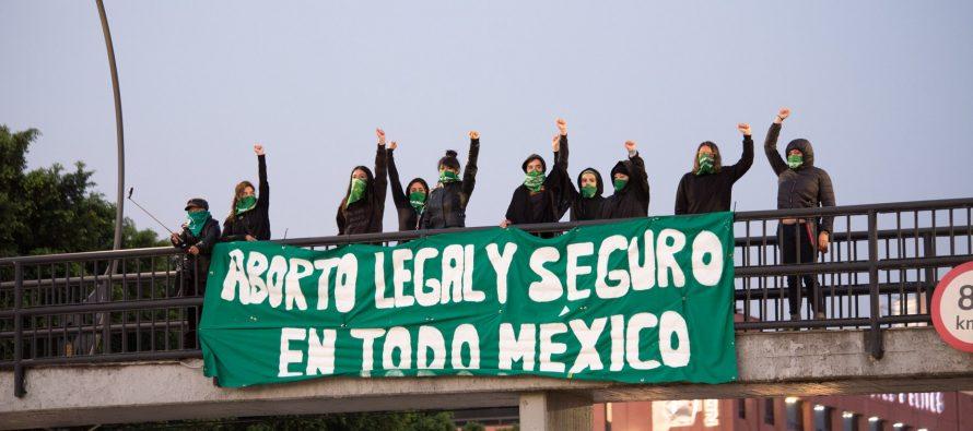 """La """"Ley de Amnistía"""" y la criminalización del aborto en México"""