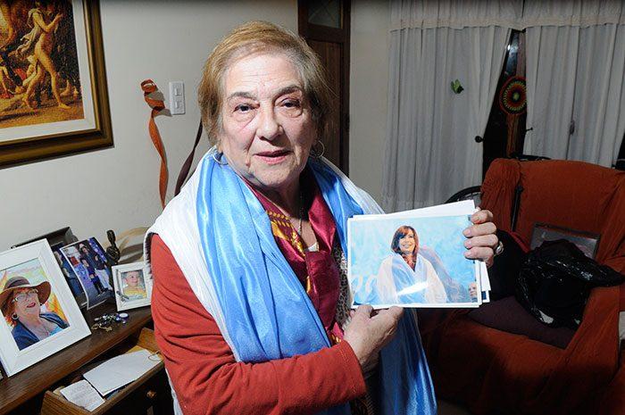 Con estas palabras la presidenta del Concejo Deliberante de la ciudad de Santa Rosa, Paula Grotto homenajeoa Lucy de Cornelis, por el 25° del Movimiento de Mujeres Agropecuarias en Lucha