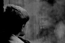 Fallo inédito en La Plata a favor de un niño para que no sea obligado a una revinculación con su padre por violencia física y psicológica