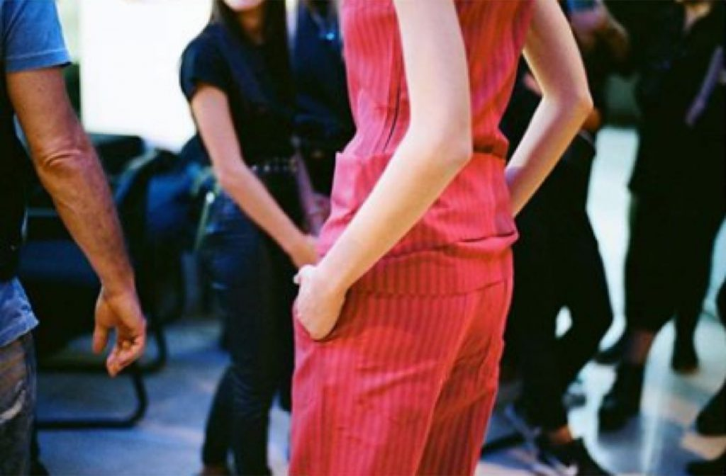 Una charla con Martín Churba sobre la moda que viene, barbijos, genderless y sustentabilidad