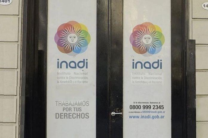 El INADI traducirá a lenguas originarias los materiales producidos por el organismo