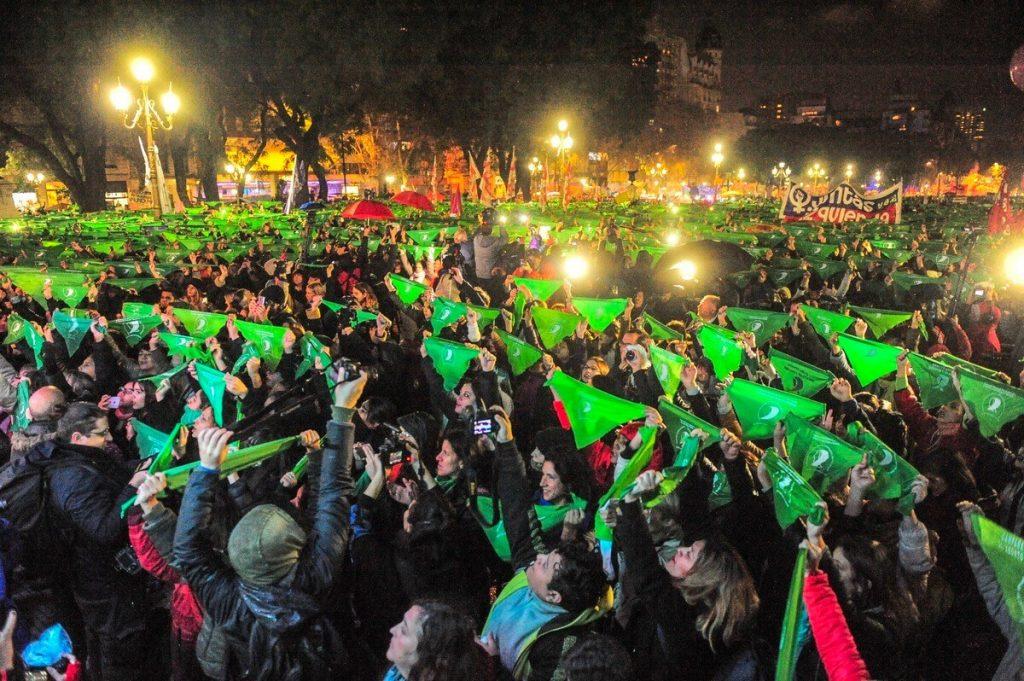 Mujeres, militancia, feminismo en la política y el sindicalismo