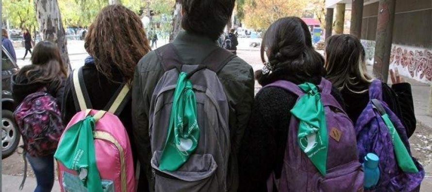 Es urgente hablar de aborto en las escuelas