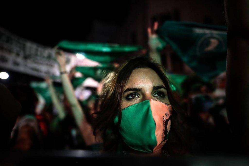 Es ley: Argentina aprobó la legalización del aborto