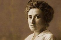 Un 15 de enero, pero en 1919, Rosa Luxemburgo fue asesinada en Alemania