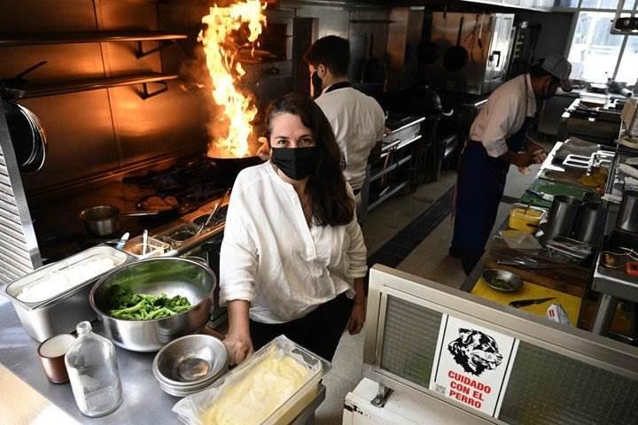 """Narda Lepes: """"Mil veces me tocaron el culo en las cocinas de los restaurantes"""""""