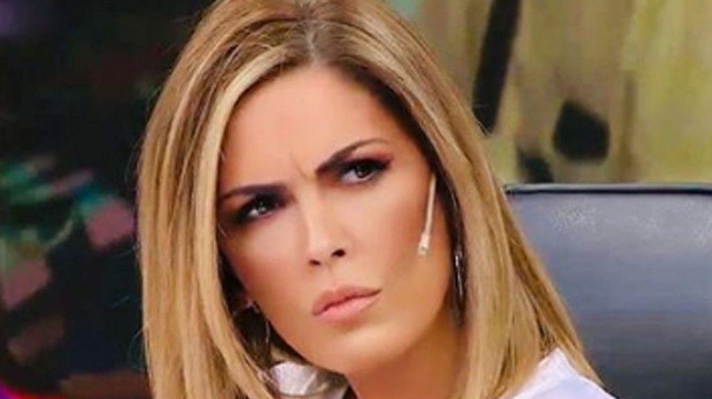 """La Defensoría del Público actúa frente a reclamo por programa: """"Viviana con Vos"""""""