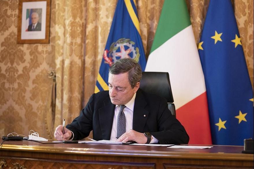 Italia en defensa de la mujer afgana