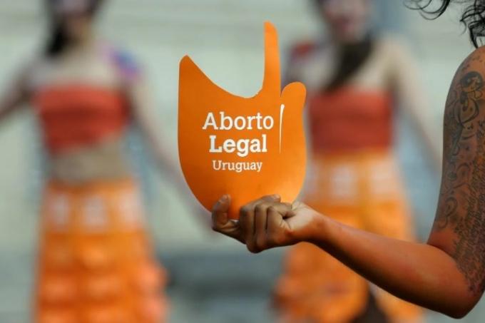 Los abortos legales en Uruguay disminuyeron en 2020 por segundo año consecutivo